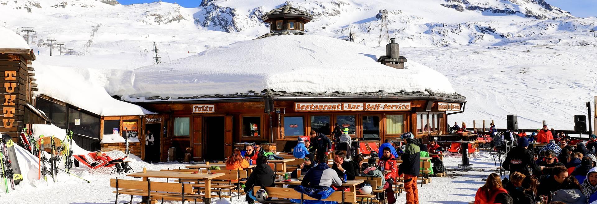 3 Stars Hotel Cervinia On The Ski Slopes Plan Maison Aosta Valley